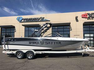Used Malibu Wakesetter Lsv 247 Ski and Wakeboard Boat For Sale