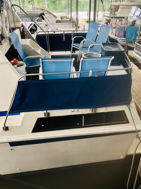 Used Chris-Craft Catalina 362 Aft Cabin Boat For Sale