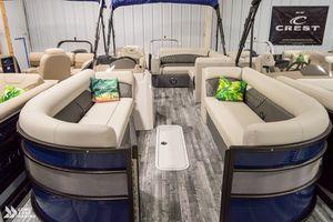 New Crest Classic Platinum 240 SLS Pontoon Boat For Sale
