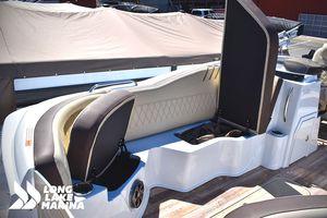 New Crest Calypso 250SL Pontoon Boat For Sale
