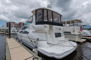 Used Cruisers Yachts 455 Express Motoryacht Motor Yacht For Sale