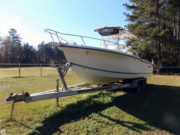Used Sea Pro 255 CC Center Console Fishing Boat For Sale