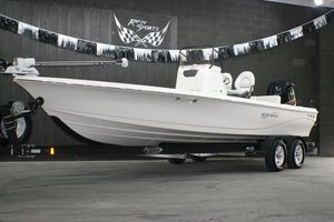 Used Blue Wave 2400 Pure Bay Boat For Sale