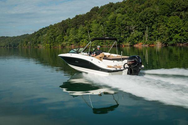 New Sea Ray 210SPXO Ski and Fish Boat For Sale