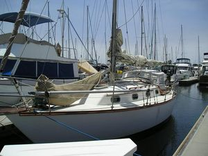 Used Cape Dory 31 Cruiser Sailboat For Sale