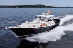 Used Little Harbor Whisperjet 38 Motor Yacht For Sale
