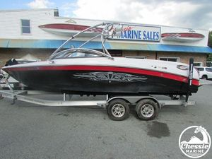Used Correct Craft 226 Team Edition Ski and Wakeboard Boat For Sale