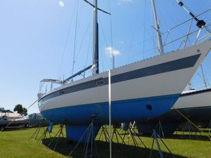 Used Ta Shing Norseman 447CC Racer and Cruiser Sailboat For Sale