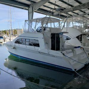 Used Mainship 40 Sedan Bridge Motor Yacht For Sale