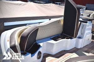 New Crest Calypso 250SL Pontoon Boat For Sale