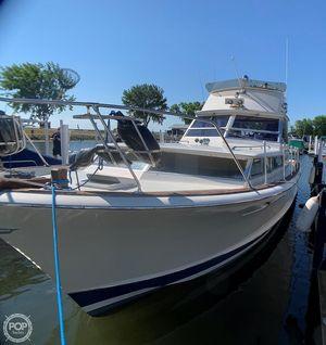 Used Chris-Craft 38 Commander Aft Cabin Boat For Sale