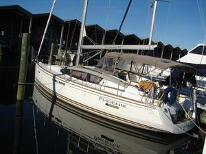 Used Jeanneau 44 360 Docking DS Cruiser Sailboat For Sale
