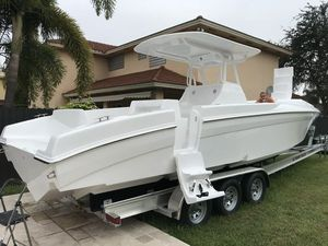 New Renegade Cuddy 33 Center Console Fishing Boat For Sale