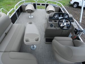 New Ranger 180 F Pontoon Boat For Sale