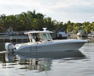 Used Hydra-Sports 3400 Center Console Center Console Fishing Boat For Sale