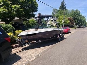 Used Brendella Calabria Ski and Wakeboard Boat For Sale
