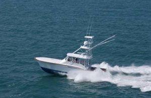 Used Jarrett Bay 43 Express Sports Fishing Boat For Sale