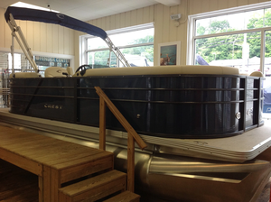 New Crest classic lx Pontoon Boat For Sale
