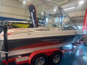 Used Tige 20V Ski and Wakeboard Boat For Sale