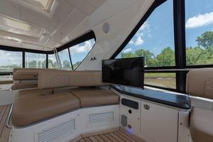 Used Sea Ray L650 Fly Flybridge Boat For Sale