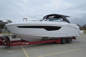New Cruisers 38 GLS Bowrider Boat For Sale