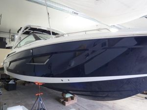 New Cruisers Yachts 338 Bow Rider Bowrider Boat For Sale