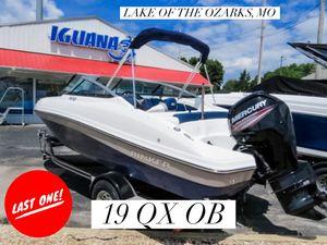 New Rinker 19QX OB Bowrider Boat For Sale
