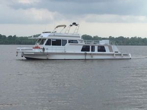Used Gibson 5900 Wide Body House Boat For Sale