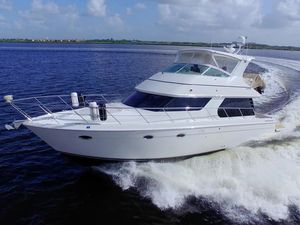 Used Carver 46 Voyager Motor Yacht For Sale