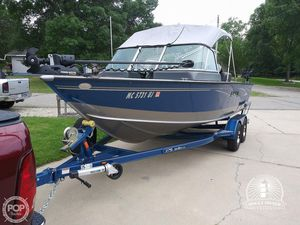 Used Lund 2000 Sport Angler Aluminum Fishing Boat For Sale