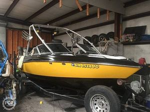 Used Mastercraft X10 Ski and Wakeboard Boat For Sale