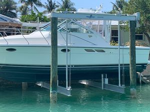 Used Tiara Yachts 2900 Open Classic Saltwater Fishing Boat For Sale