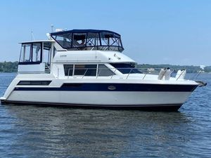 Used Carver 405 Cockpit Motor Yacht Motor Yacht For Sale