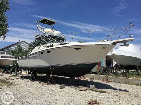 Used Wellcraft 3300 Coastal Sports Fishing Boat For Sale