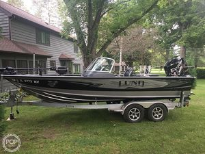 Used Lund 2075 Pro-V Bowrider Boat For Sale
