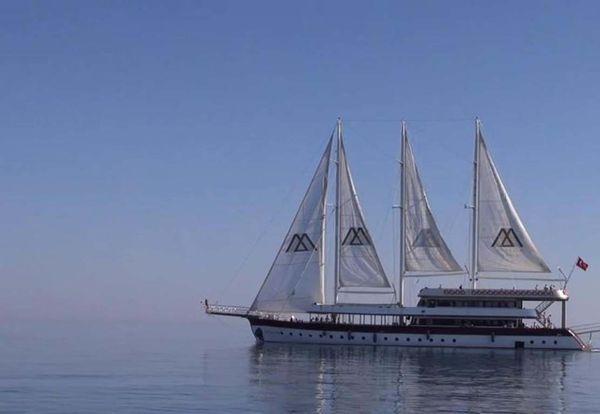 Used Custom LZ-140 Motorsailer Boat For Sale
