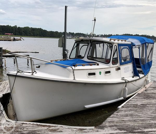 Used Atlas Boat Works Pompano 21 Downeast Fishing Boat For Sale