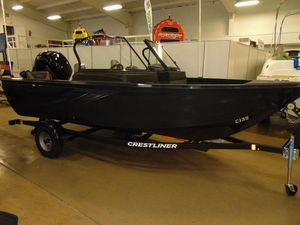 New Crestliner 1650 Fish Hawk Walk-through JS Freshwater Fishing Boat For Sale