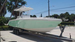 Used Dakota 36 CC Center Console Fishing Boat For Sale
