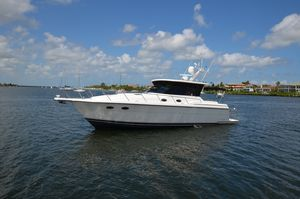 Used Tiara Yachts 4000 Express Cruiser Boat For Sale