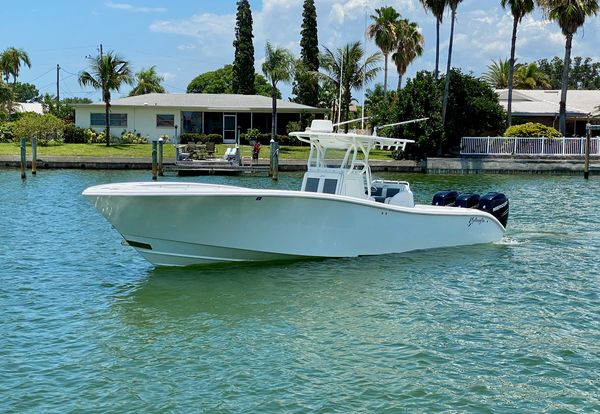 Used Yellowfin 36 CC - Joystick - Trailer Center Console Fishing Boat For Sale
