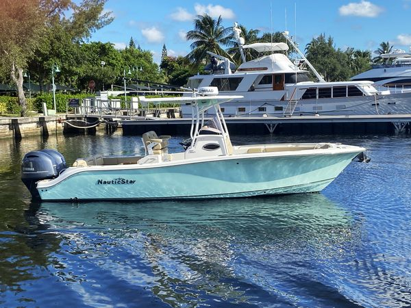 Used Nauticstar 26 Legacy Center Console Fishing Boat For Sale
