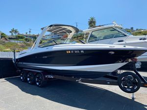 Used Sea Ray 250 SLX Deck Boat For Sale