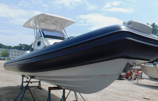New Brig Eagle Luxury 8H Center Console Fishing Boat For Sale