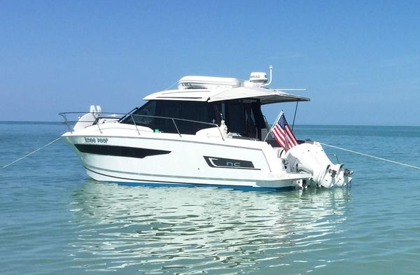 Used Jeanneau NC 895 Cruiser Boat For Sale