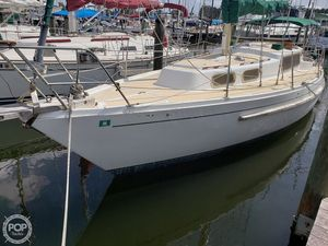 Used Albin 34 SINGOALLA Racer and Cruiser Sailboat For Sale