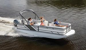 New Hurricane 226 Deck Boat For Sale