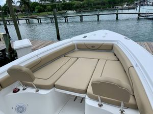 Used Sea Hunt 27 Gamefish Center Console Boat For Sale