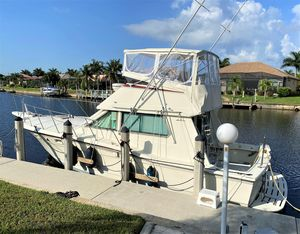 Used Hatteras 36 Sedan Flybridge Boat For Sale
