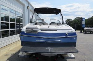 Used Malibu 25LSV Ski and Wakeboard Boat For Sale